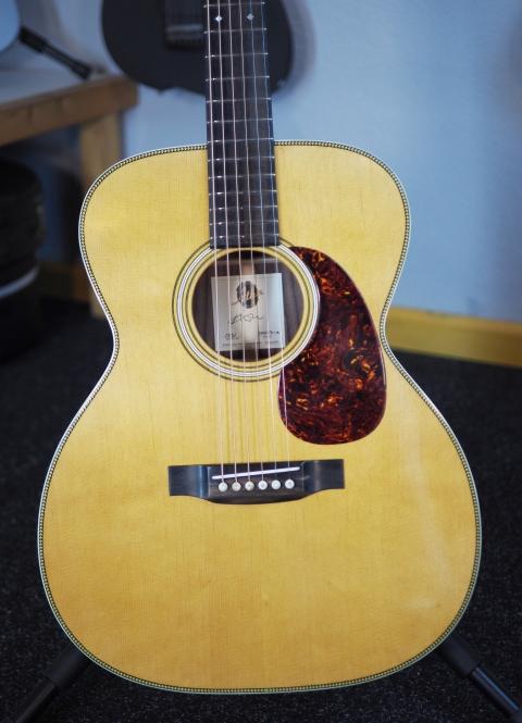 Atkin Guitars OOO37 relic