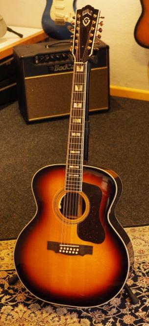 Guild USA F512E, Sunburst