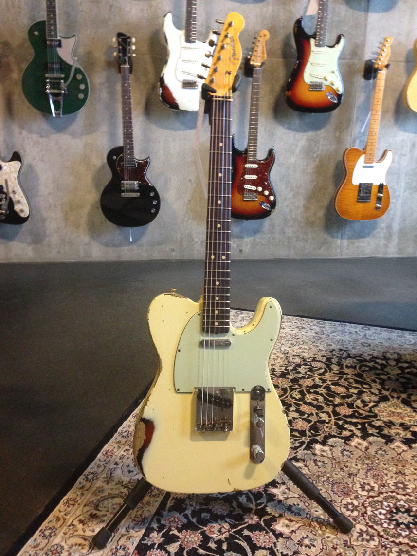 Fender Custom Shop Telecaster 63 Vintage White Over Sunburst Heavy Relic SOLD