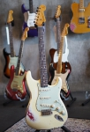 Fender Custom Shop Stratocaster '62, Vintage White over Dakota Red, Masterbuilt Todd Krause, heavy relic, SOLD!