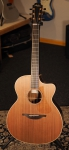 Lowden O35c, Cocobolo back&sides, Sinker Redwood Top, new