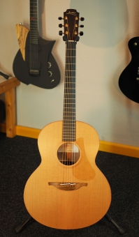 Lowden F23, SOLD!