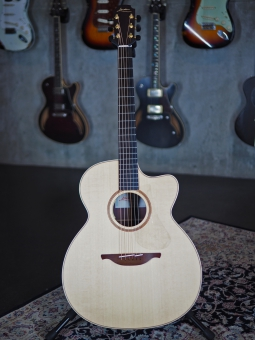 Lowden O32 C, L.R. Baggs Anthem Pickup System, SOLD!